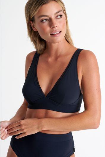 Elegant and supportive bikini top