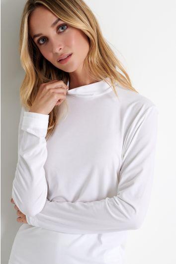 Long sleeve mock neck shirt