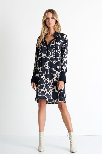 Detailed silk shirt dress