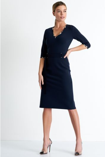 Fitted mid-length dress